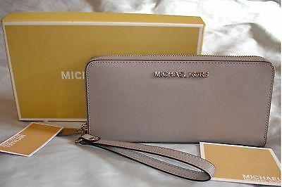 Authentic Michael Kors Pearl Grey Saffiano Leather Wallet Purse