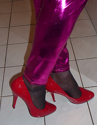 Glamour High Heels Lack Pumps in Rot, Gr. 39
