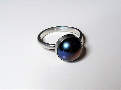 Handmade Multicoloured peacock pearl and Sterling silver ring Size K