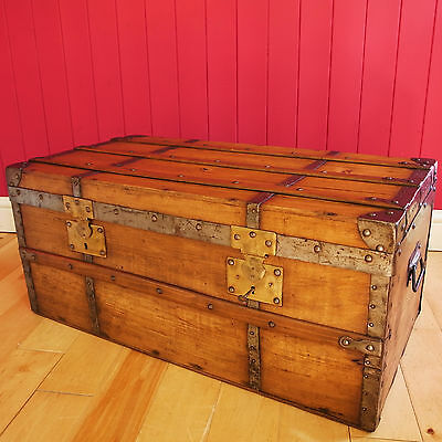VICTORIAN STEAMER TRUNK Coffee Table VINTAGE RUSTIC STORAGE French Pine Chest