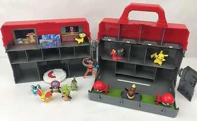 Pokémon Centre Play Case Carry Playset With 10 Figures Tomy Play N Store