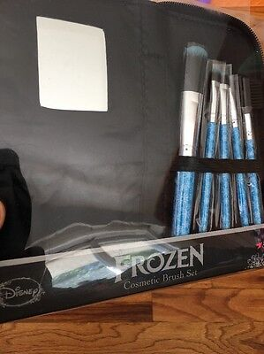 New Disney Frozen Elsa Anna Let It Go Loungefly Cosmetic Brush Set Cosmetic Bag