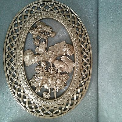 Vintage Syroco 1978 Butterfly Floral Oval Faux Wicker Wall Hangings