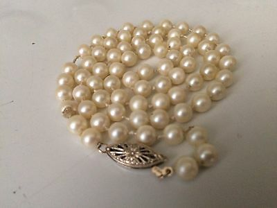 """Vtg Genuine 6mm Cultured Pearl Hand Knotted Necklace 14K Gold Filigree Clasp 20"""""""