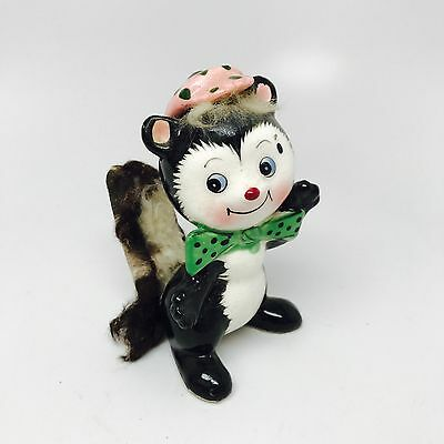 VINTAGE Ceramic UCAGCO COLLECTIBLE DECORATIVE SKUNK w/FUR Green Tie Pink Hat