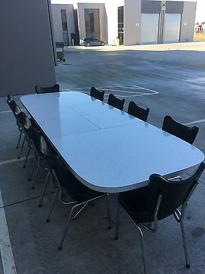 Retro Vintage Kendall 10 Seater Extendable Dining Table And Dark Green Chairs