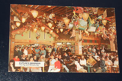 Butlins Skegness S50 The Pig And Whistle Bar Old Holiday Camp Postcard