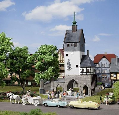 AUHAGEN HO scale CITY GATE - PLASTIC MODEL KIT for your ROCO LAYOUT