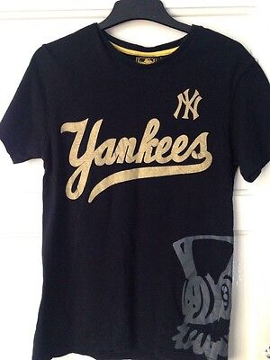 New York Yankees Official T Shirt SMALL
