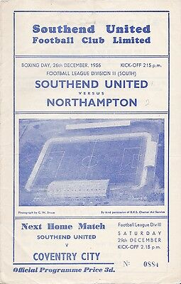 Southend United v Northampton Town,  Division 3 South,  26/12/1956