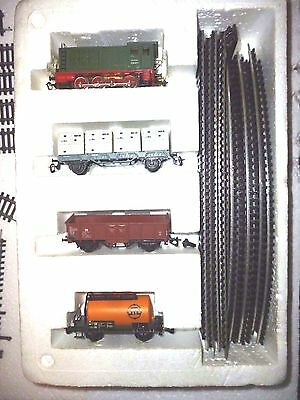 Full Beginner Tt Scale Starter Set Wit Extension Tracks And Switch Remote Tracks