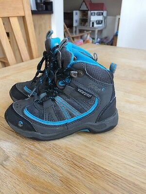 Infant Boys Blue And Grey Waterproof Boots From Gelert Size 8 (Euro 25.5)
