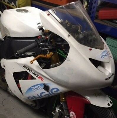 2004 zx10r race fairing, seat unit and fuel tank 2004 track bike 04 05