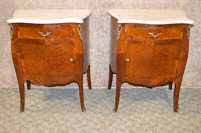 Vintage Pair of French Style Burl Inlay Bombe' Night Stands w/Marble Tops