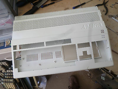 Amiga 500 WHITE Painted case ideal  etc or replacement see listing