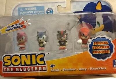 Sonic the Hedgehog Special Flocked Minature Figures Knuckles Shadow Amy New Box