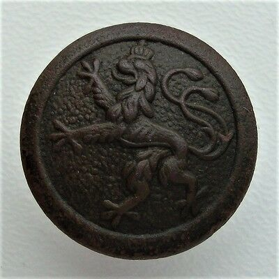 WW1 German Army Bavarian Uniform Button with Lion S4