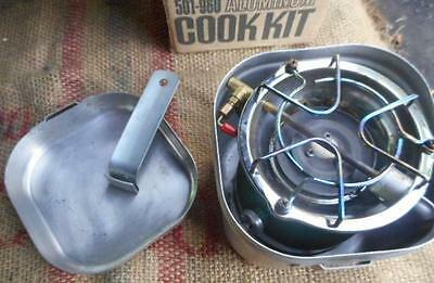 Coleman 502  Camp Stove With Cook Kit And Handle Boxed 11/77 Camping Emergency