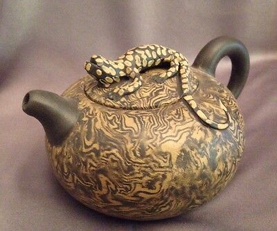 Lizard Tea Pot Kettle Whimsical Unique Novelty Animal Pottery Yixing Clay 10 oz.