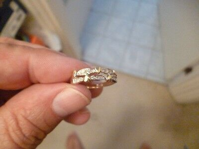 new ladies 9k yellow gold ring with small hearts and small diamonds