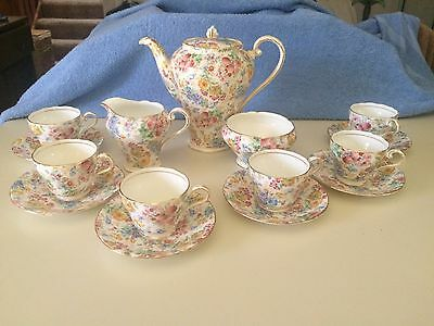 Aynsley Antique Bone China 16 piece Tea Set