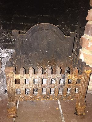 Cast Iron Fire Grate With Back Guard