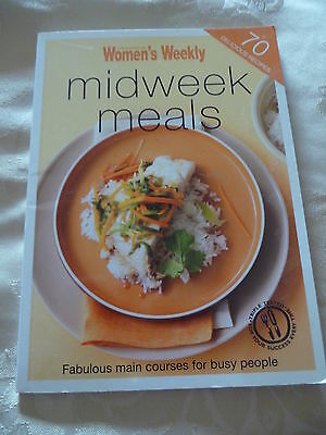 Womens Weekly mini cookbooks MIDWEEK MEALS 70 Delicious Recipes EUC