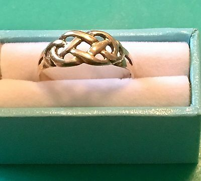 9ct Yellow Gold Celtic Knot Ring ~ Size P