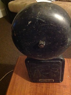 """vintage bell, """"THE HOLTZER-CABOT ELECTRIC CO."""" CAST IRON BELL-GONG  type PS"""