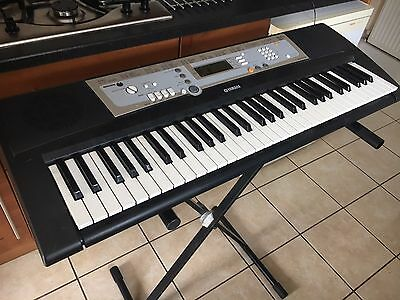 yamaha portatone psr e203 keyboard with stand. Black Bedroom Furniture Sets. Home Design Ideas