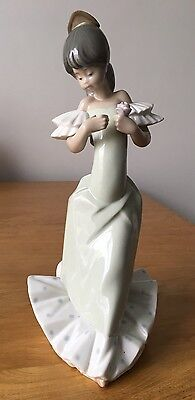 Nao Figurine - Young Lady In Green Dress