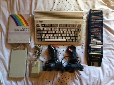 Commodore Amiga A600 Computer Bundle Tested & Fully Working
