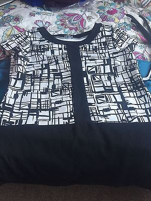 New   Womens Ladies Long Tunic   Top  Size 20