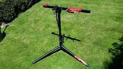 Elite Race Workstand, Black, for bike maintenance.