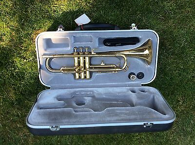Vintage Zenith trumpet by Lafleur. with mouthpiece and hard case. No Reserve