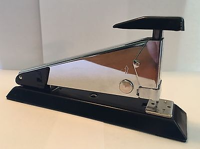 Isaberg Rapid Classic 2 CHROME STAPLER - Made in Sweeden - Very Good Condition