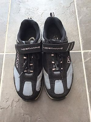 Northwave Ladies Cycling Shoes Size 7.5