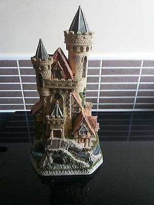 Guardian Castle Limited Edition by David Winter Cottages 1993