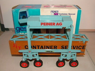 Gescha no 360 Rare model of the Peiner PPH 30 Container mover Exe boxed