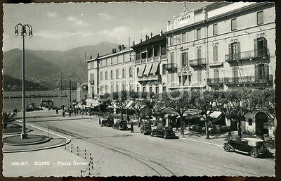 COMO - PIAZZA COVOUR - Italy.  Real photo postcard.