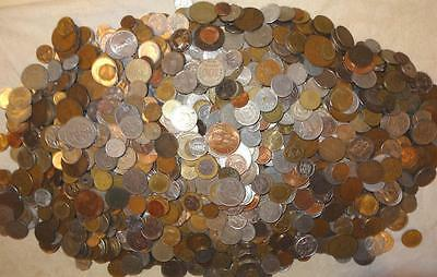 18¼ Pound Bag of Foreign Coins (Lot B-175) - ±1825 Coins