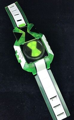 Ben 10 Ten Omnitrix Omniverse Touch Type Watch Bandai Toys - Lights And Sound