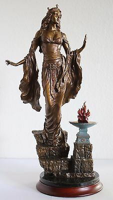 """QUEEN GUINEVERE Limited Edition 451/9500 Franklin Mint Bronze Statue 12"""" Inches"""