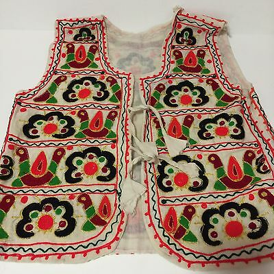 VTG Ethnic Embroidered Vest Folk Festival Boho Gypsy Hippie Bird Flower Multi