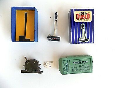 Hornby Dublo colour light signal and switch