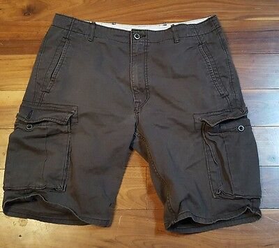 Levi Men's Gray Cargo Outdoor Camping Hiking Utility Shorts Size 34  P