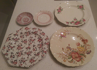 5 x PLATES DISH DISPLAY CABINET COLLECTABLES ENGLISH