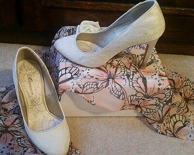 Occasion/Wedding Shoes Size 3