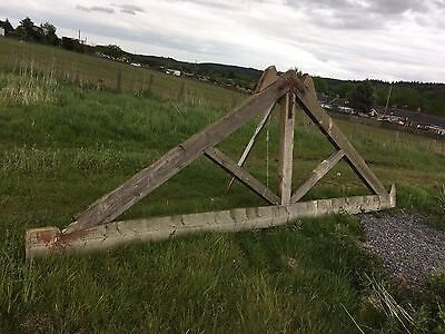 roof trusses Barn Garage Old  4 Of