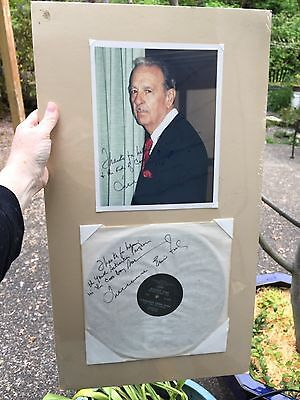 Tennessee Ernie Ford  (1919-1991) (Singer) Autographed photo and Record Coos Bay